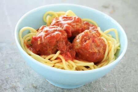 salsa de tomate: alb�ndigas en salsa de tomate italiana Foto de archivo