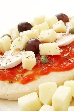 pizza base: uncooked pizza base