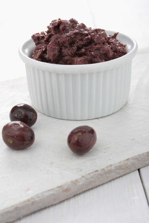 charcuter�a: olive tepenade in dish