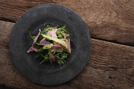 berros: esp�rragos y ensalada de berros rhubard
