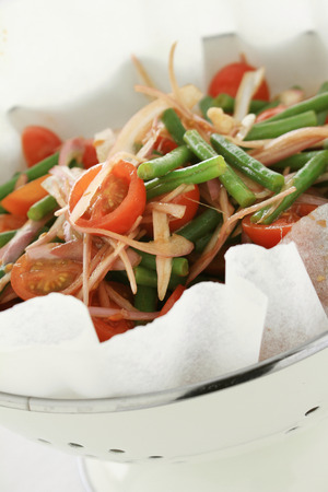 french bean: healthy green french bean salad with tomato and onion