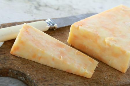 english blended cheddar cheese