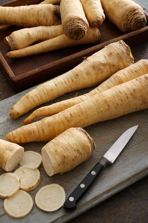 racine root parsley