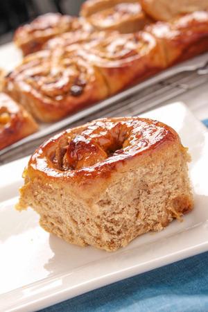 fresh baked chelsea  buns Stockfoto