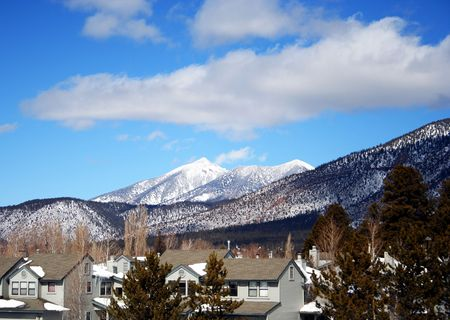 mount humphreys: A Flagstaff, Arizona, Neighborhood in Winter