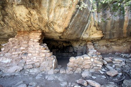 the dwelling: An Ancient Sinagua Indian Cliff Dwelling in Walnut Canyon National Park, Arizona Stock Photo