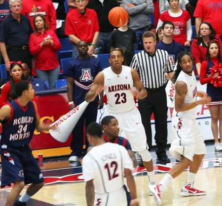 morris: A Pass to Derrick Williams in a University of Arizona Wildcats Mens Basketball Game Against the Robert Morris Colonials at McKale Center, Tucson, on December 22, 2010. Also Lamont MoMo Jones, Jesse Perry, Russell Johnson.