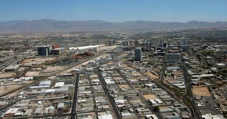 Vista aérea del centro de Las Vegas, Nevada, la toma 09 de junio 2011 Foto de archivo - 9879017