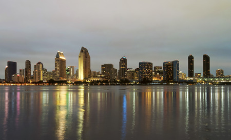 A View of San Diego Bay and Downtown San Diego at Twilight Standard-Bild