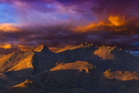 nv: Striking Nevada landscape at sunset near Pyramid Lake, NV