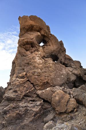 reno: Tufa rock formation near Pyramid Lake, Nevada