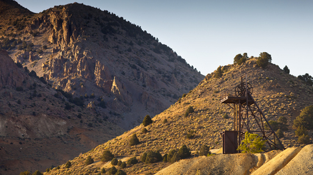 the miners: Old industrial gold mining hoist near Virginia City, Nevada