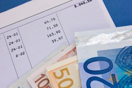 cuenta bancaria: de cuentas bancarias y dinero euro