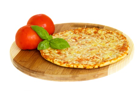 pizza ingredients: pizaa quatrro fromaggi (four cheese) with fresh tomatoes