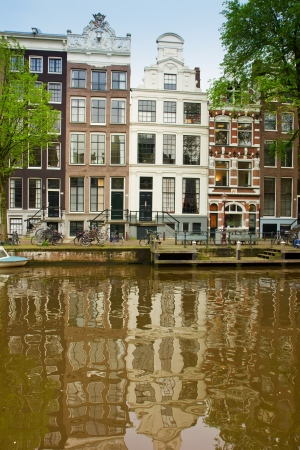 old houses on canal in Amsterdam, Netherlands Stock Photo - 13775353