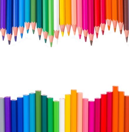 objetos escolares: marco de pensils multicolores aislados sobre fondo blanco