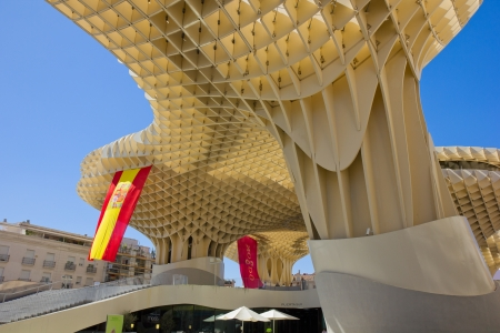eggtray: SEVILLA,SPAIN -JUNE 15: Metropol Parasol in Plaza de la Encarnacion on September 14, 2011 in Sevilla,Spain. J. Mayer H. architects, it is made from bonded timber with a polyurethane coating.