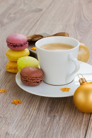 christmas morning: christmas morning with coffee and macaroons sweets