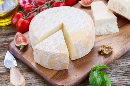 Trappe cheese photo