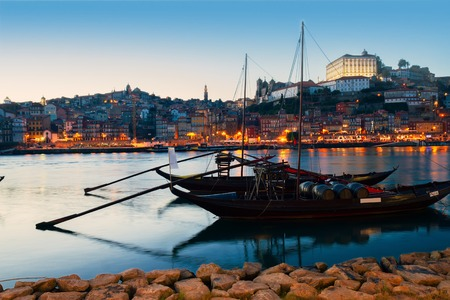 ribeira: Night scene of Porto, Portugal