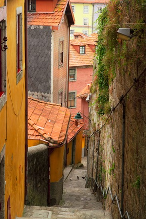 case colorate: case colorate nel centro storico, Porto