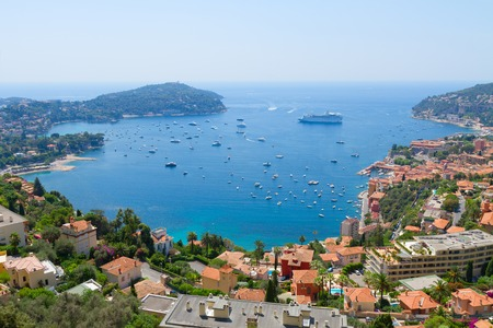 villefranche sur mer: colorful coast and turquiose water of cote dAzur, France Stock Photo