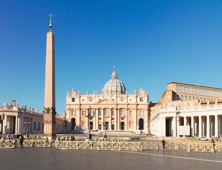 st  peter's basilica pope: St. Peters cathedral and square in Rome at day, Italy