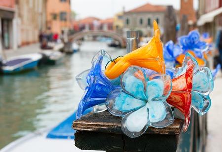 무 레노 섬, 베니스, 이탈리아의 오래 된 마을에서 전통 유리 스톡 콘텐츠