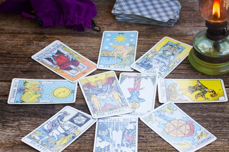 Fortunetelling set with one of the most popular occult Tarot deck dating back 1910 Zdjęcie Seryjne - 57710525