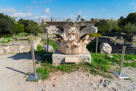 Remains of the Corinthian classic order column, The Ancient Agora of Classical Athens, Greece Banco de Imagens