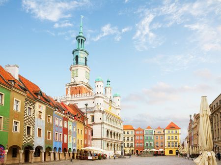 Old market square in Poznan at summer sunny day, Poland Standard-Bild