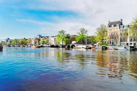 embankment of Amstel canal in Amsterdam, Netherlands Stockfoto