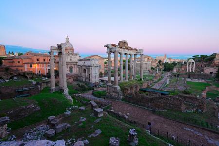 Roman Forum - ancient ruins in Rome in twilight light, Italy Imagens