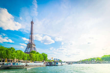 Eiffel Tower and Seine riverbank at summer day, Paris, France with sunshine Zdjęcie Seryjne