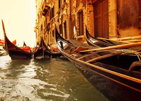 sculling: Traditional Venice gondola ride