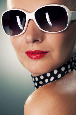 fashionable sunglasses: Beautiful woman retro portrait