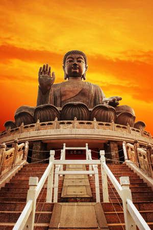 lantau: Tian Tan Buddha (Hong Kong, Lantau Island)  Archivio Fotografico