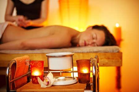 mind body soul: Bella donna avendo un massaggio