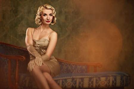model nice: Lovely woman retro portrait