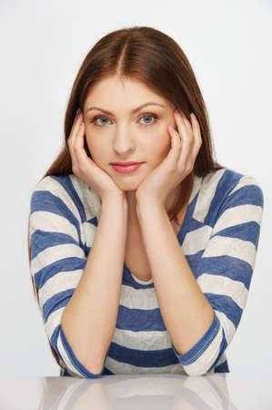 femme triste: Belle femme brunette Banque d'images