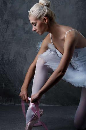 Beautiful ballet dancer Stock Photo - 9949820