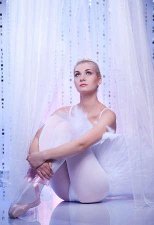 Beautiful ballet dancer Stock Photo - 9949753