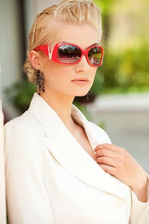 glamorous: Stylish woman in sunglasses portrait
