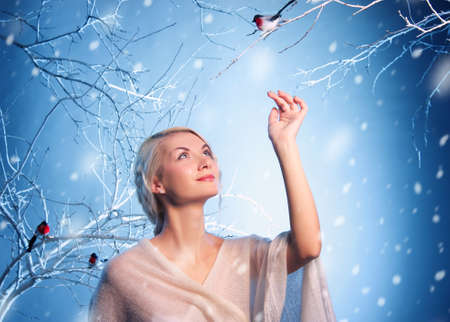 lady bird: Attractive woman in winter forest