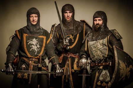 cavaliere medievale: Tre cavalieri medievali