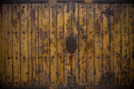 Old wooden door Stock Photo - 16050438