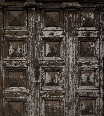 Old wooden grunge door Stock Photo - 16752171