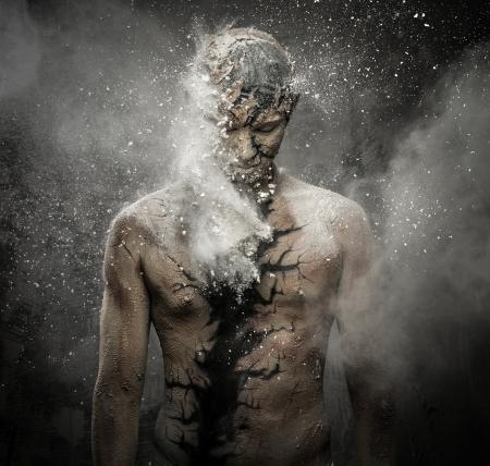 Uomo con la body art concettuale spirituale Archivio Fotografico - 22368725