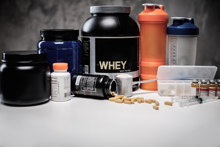 Bodybuilding nutrition supplements and chemistry Imagens