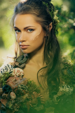 Elf woman in a magical forest Foto de archivo